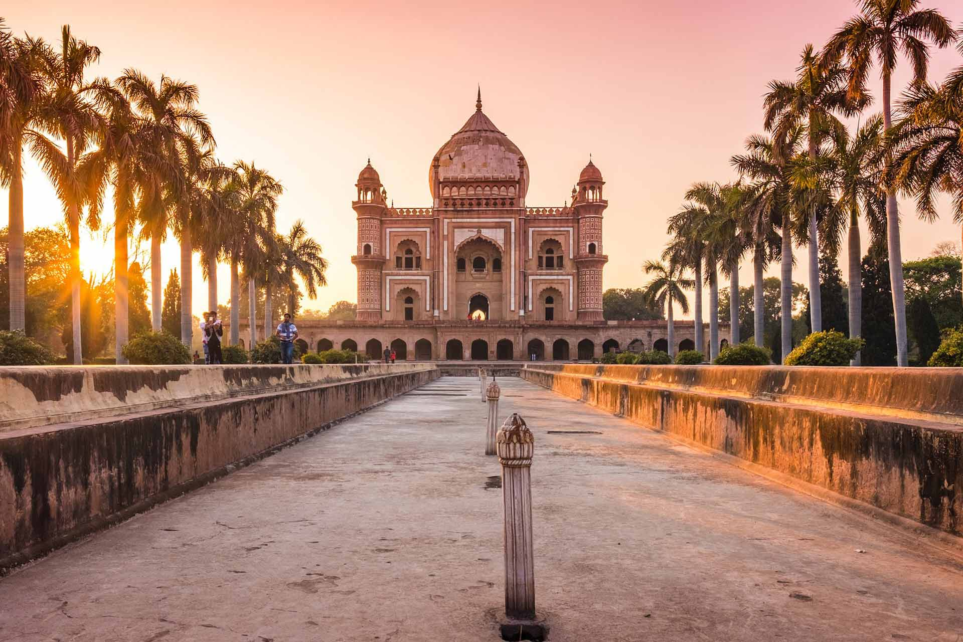 Vol A/R Lyon Delhi (Inde) à partir de 382€ en 2019 2020